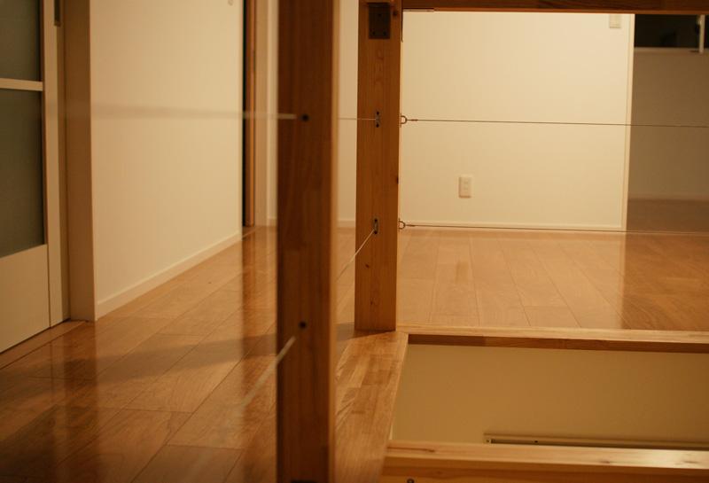 個室を最小限にしたオープンな住まい